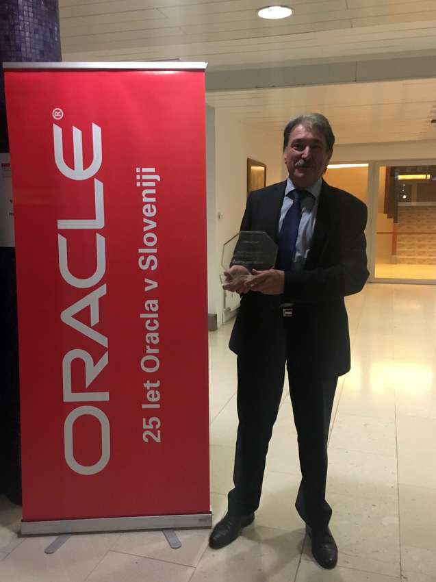 Boris Šolar z nagrado Oracle Cloud Transformation Partner of the Year 2017